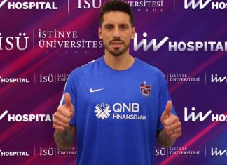 Jose Sosa during his medical with Trabzonspor on the 8th of September 2017. (@Trabzonspor)