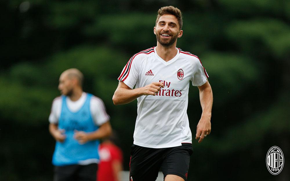 Fabio Borini during training at Milanello. (@acmilan.com)