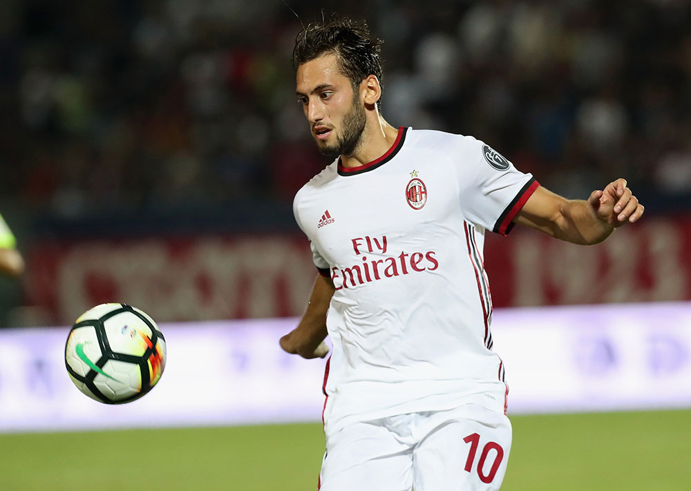 Hakan Calhanoglu during Crotone-Milan at the Ezio Scida Stadium on August 20 2017. (Photo by Maurizio Lagana/Getty Images)