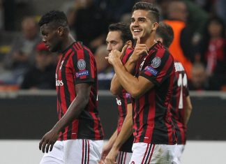 André Silva, Franck Kessié, Hakan Çalhanoğlu and Fabio Borini celebrating during Milan-Rijeka at Stadio San Siro on September 28, 2017. (Photo by Marco Luzzani/Getty Images)