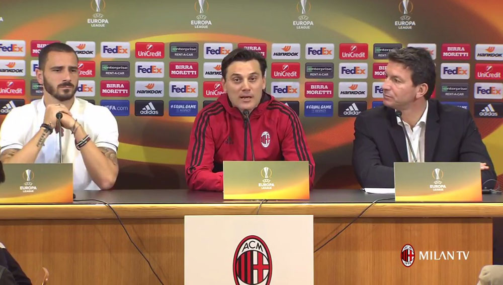 Vincenzo Montella and Leonardo Bonucci during a press conference at Milanello on September 27, 2017. (@acmilan.com)