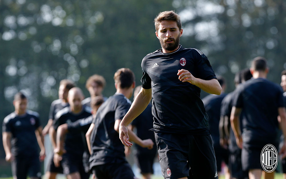Fabio Borini during training at Milanello. (@acmilan.com)