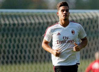 André Silva during training at Milanello. (@acmilan.com)