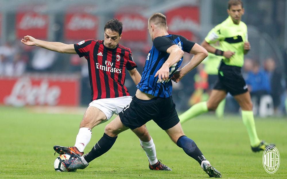 Giacomo Bonaventura during Inter-Milan at Stadio San Siro on October 15, 2017. (@acmilan.com)