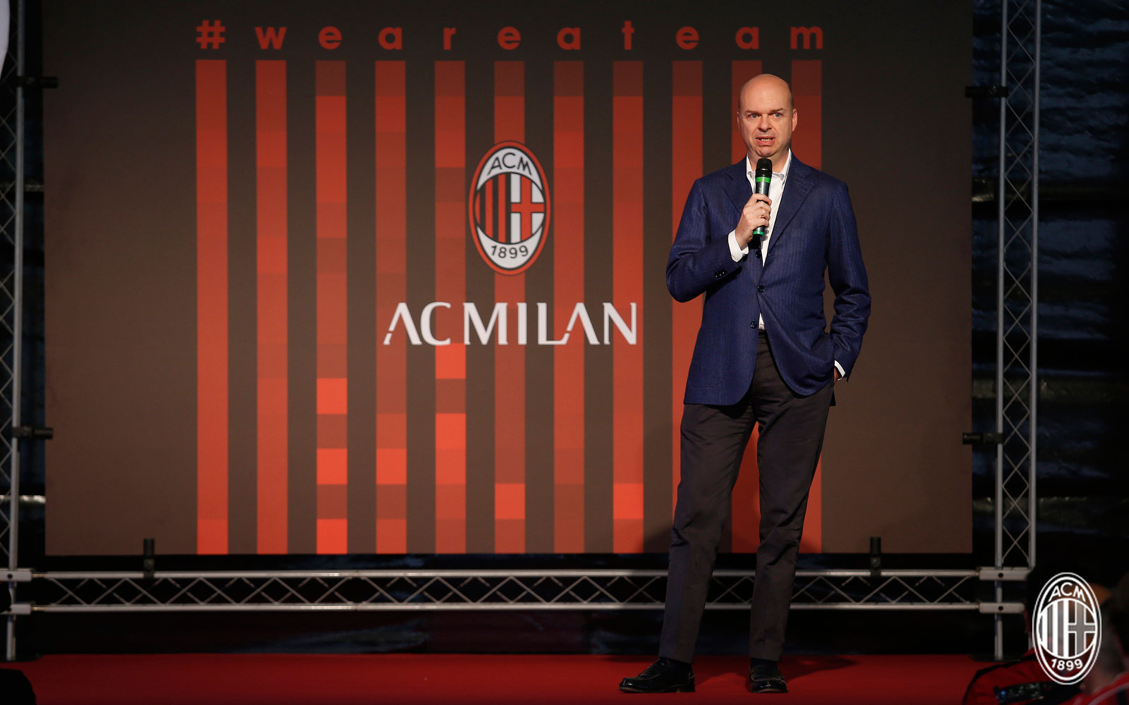 Marco Fassone during a Milan team building event at Milanello on October 9, 2017. (@acmilan.com)