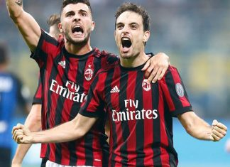 Giacomo Bonaventura and Patrick Cutrone celebrating during Inter-Milan at Stadio San Siro on October 15, 2017. (@acmilan.com)