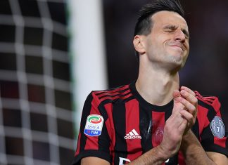 Nikola Kalinić during Milan-SPAL at Stadio San Siro on September 20, 2017. (MARCO BERTORELLO/AFP/Getty Images)