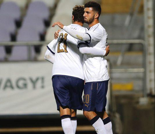 Patrick Cutrone and Manuel Locatelli celebrating during Hungary U21-Italy U21 at Ferenc Szusza Stadium on October 5, 2017. (Photo by Laszlo Szirtesi/Getty Images)