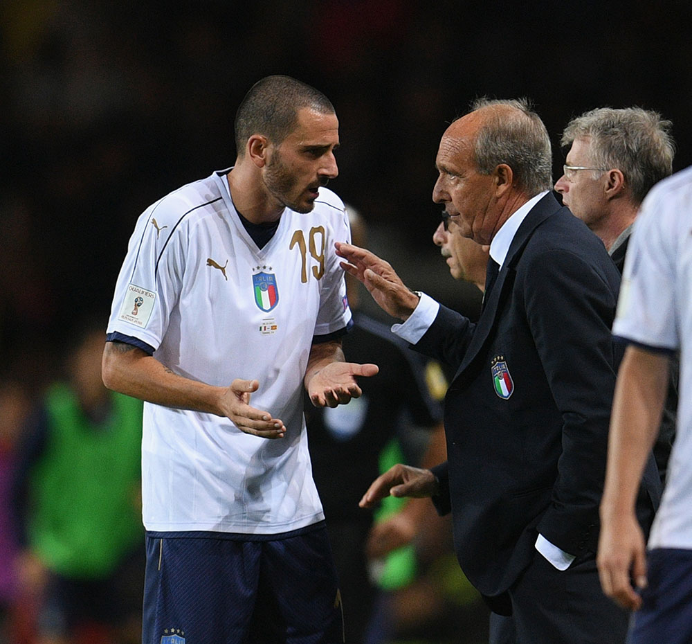 Gian Piero Ventura and Leonardo Bonucci during the Italy-Macedonia FIFA 2018 World Cup qualifier at Stadio Olimpico Grande Torino on October 6, 2017 in Turin,Italy. (Photo by Claudio Villa/Getty Images)