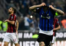 Mauro Icardi celebrating during Inter-Milan at Stadio San Siro on October 15, 2017. (MIGUEL MEDINA/AFP/Getty Images)