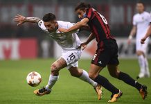 Ricardo Rodriguez and Marko Livaja during Milan-AEK Athens at Satdio San Siro on October 19, 2017. (MARCO BERTORELLO/AFP/Getty Images)