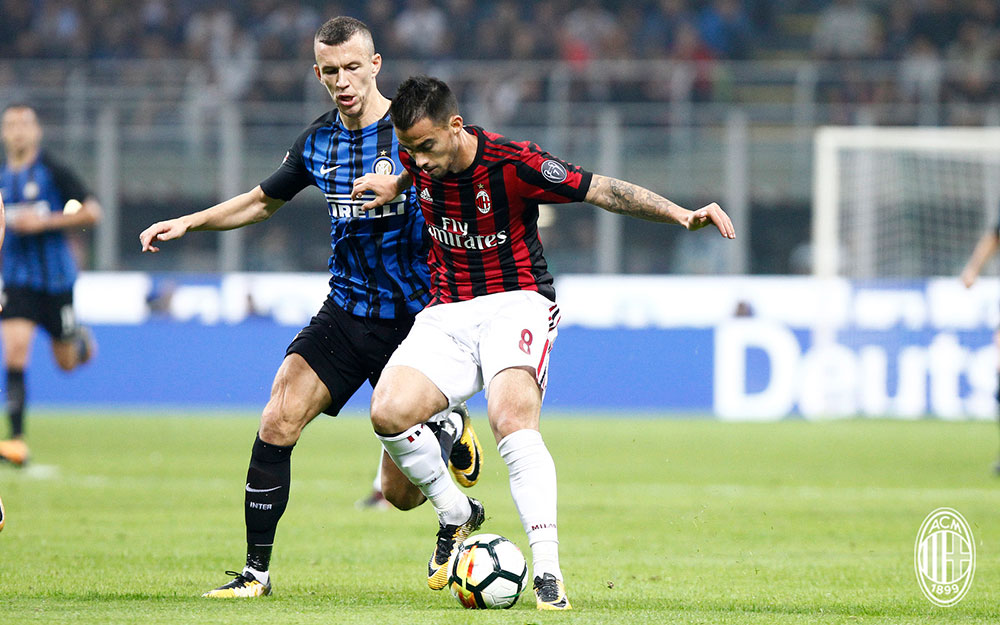 Suso and Ivan Perišić during Inter-Milan at Stadio San Siro on October 15, 2017. (@acmilan.com)