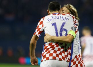 Nikola Kalinić and Luka Modrić celebrate during the Croatia-Greece FIFA 2018 World Cup Qualifier Play-Off first leg at Stadion Maksimir on November 9, 2017 in Zagreb, Croatia (Photo by Srdjan Stevanovic/Getty Images)