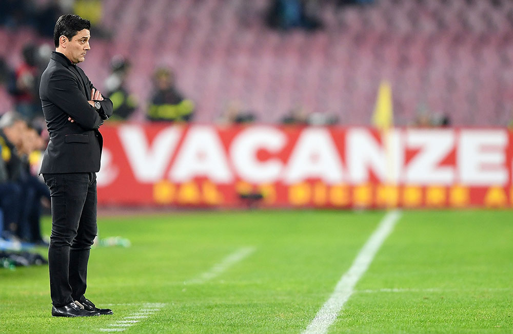 Vincenzo Montella during Napoli-Milan at Stadio San Paolo on November 18, 2017. (Photo by Francesco Pecoraro/Getty Images)