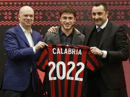 Marco Fassone, Davide Calabria and Massimiliamo Mirabelli during the Christmas party of the Rossoneri Youth Sector at Stadio San Siro on December 14, 2017. (@acmilan.com)