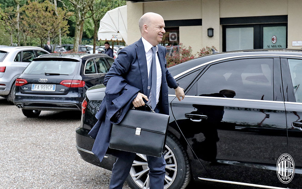 Marcco Fassone arriving at Milanello. (@acmilan.com)