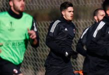 André Silva during training at Milanello on February 14, 2018. (@acmilan.com)