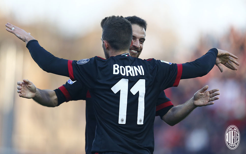 Fabio Borini and Giacomo Bonaventura celebrating during SPAL-Milan at at Stadio Paolo Mazza on February 10, 2018. (@acmilan.com)