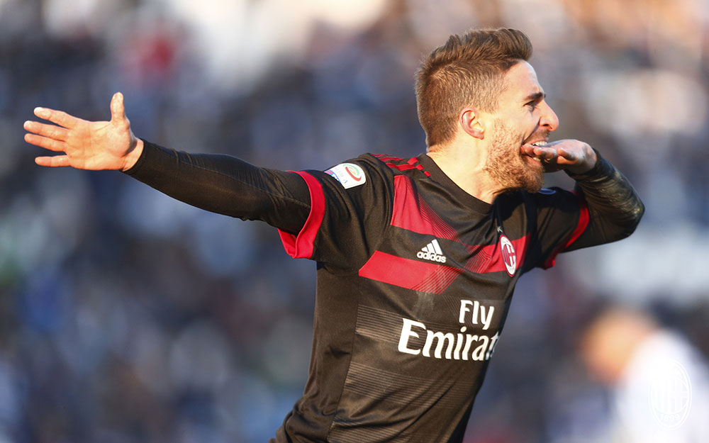 Fabio Borini celebrating during SPAL-Milan at at Stadio Paolo Mazza on February 10, 2018. (@acmilan.com)