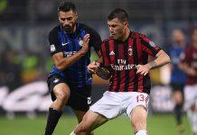 Alessio Romagnoli and Antonio Candreva during Inter-Milan at Stadio San Siro on October 15, 2017. (MARCO BERTORELLO/AFP/Getty Images)