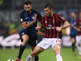 Alessio Romagnoli and Antonio Candreva during Inter-Milan at Stadio San Siro on October 15, 2017. (MARCO BERTORELLO/AFP/Getty Images)