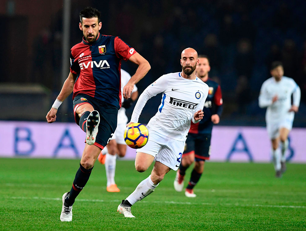 Nicolas Spolli during Genoa-Inter at Stadio Luigi Ferraris on February 18, 2018. (MIGUEL MEDINA/AFP/Getty Images)