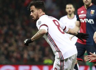 Suso and Diego Laxalt during Genoa-Milan at Stadio Luigi Ferraris on March 11, 2018. (@acmilan.com)