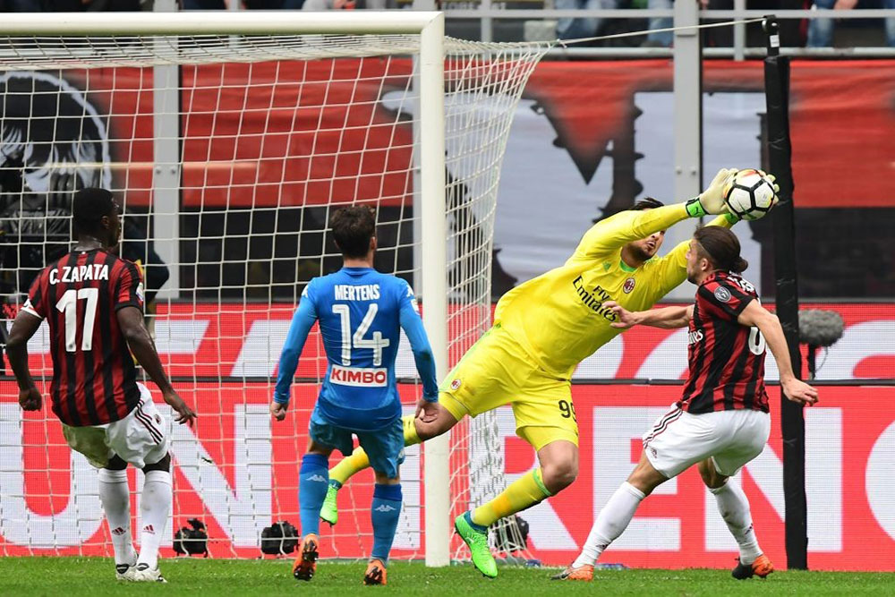 Gianluigi Donnarumma during Milan-Napoli at Stadio San Siro on April 15, 2018. (MIGUEL MEDINA/AFP/Getty Images)
