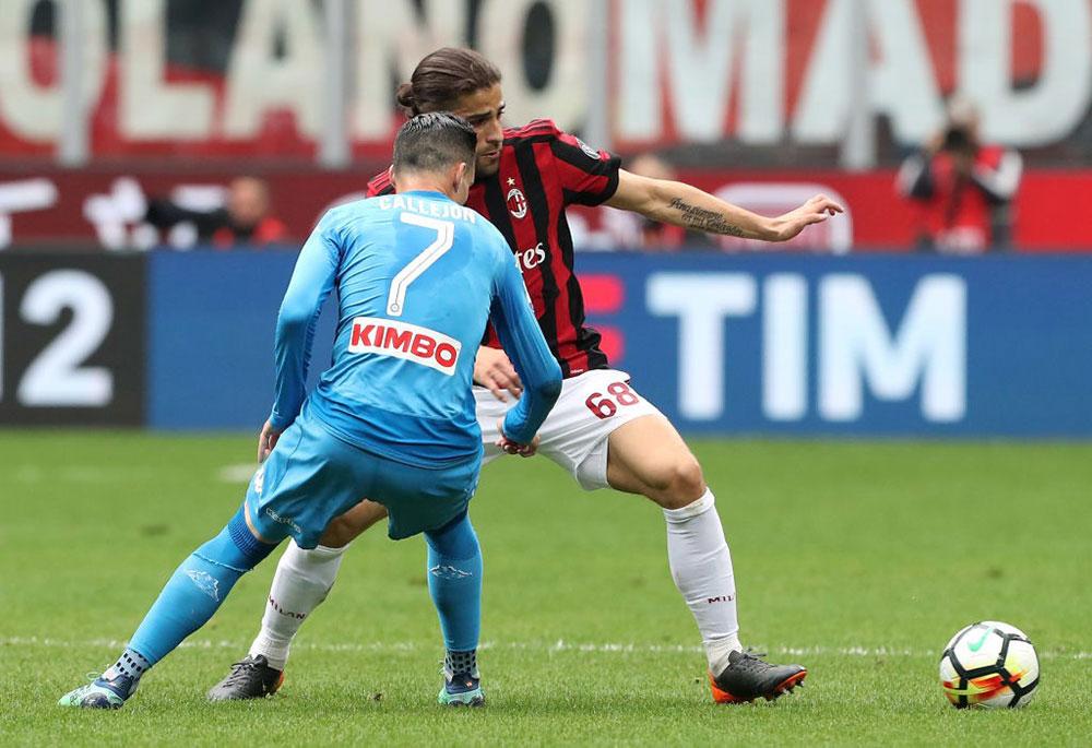 Ricardo Rodriguez and Jose Maria Callejon during Milan-Napoli at Stadio San Siro on April 15, 2018. (Photo by Marco Luzzani/Getty Images)