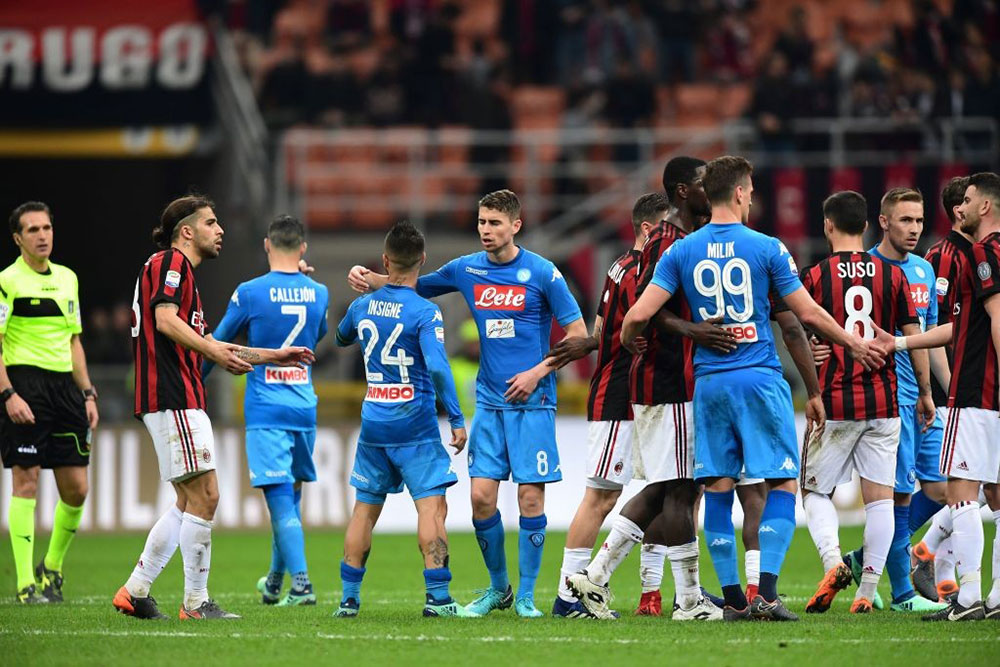 Milan and Napoli players at the end of Milan-Napoli at Stadio San Siro on April 15, 2018. (MIGUEL MEDINA/AFP/Getty Images)