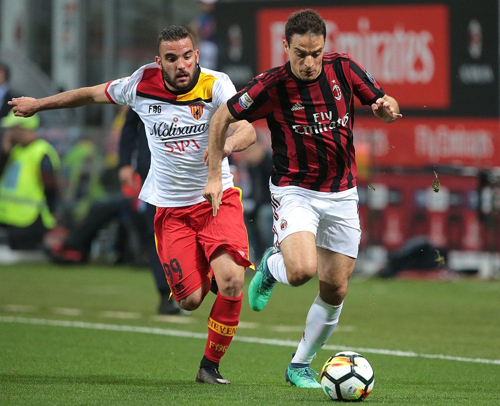 Giacomo Bonaventura and Enrico Brignola during  Milan-Benevento at Stadio San Siro on April 21, 2018. (Photo by Emilio Andreoli/Getty Images)