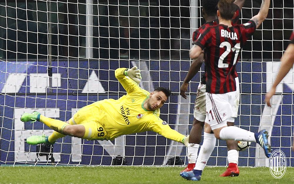Gianluigi Donnarumma during Milan-Napoli at Stadio San Siro on April 15, 2018. (@acmilan.com)