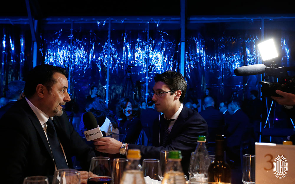 Massimiliano Mirabelli talking to MilanTV. (@acmilan.com)