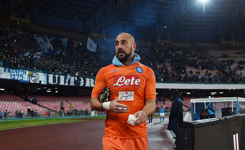Pepe Reina after Napoli-Fiorentina at Stadio San Paolo on December 10, 2017. (Photo by Francesco Pecoraro/Getty Images)