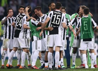 Juve players celebrating at the end of Inter-Jueventus at Stadio San Siro on April 28, 2018. (MARCO BERTORELLO/AFP/Getty Images)