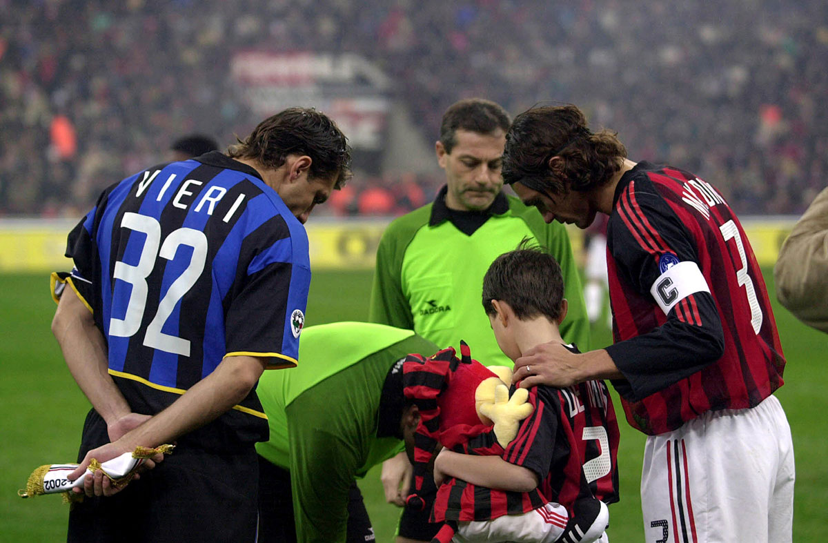 Paolo Maldini and Christian Vieri during Milan-Inter at Stadio San Siro on November 23, 2002. (Photo by Grazia Neri/Getty Images)