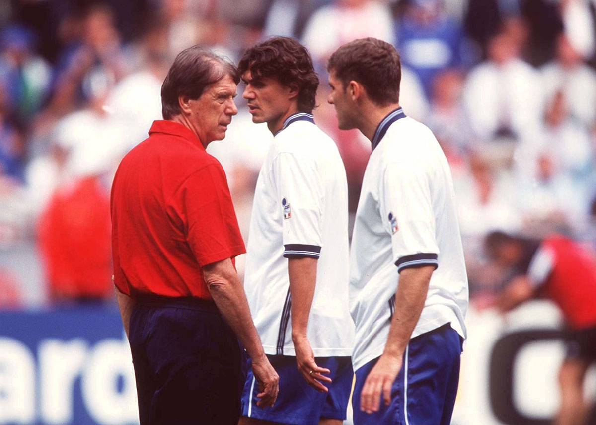 Cesare Maldini, Paolo Maldini and Christian Vieri before France-Italy at Stade de France on July 3, 1998. (Photo by Mark Sandten/Bongarts/Getty Images)