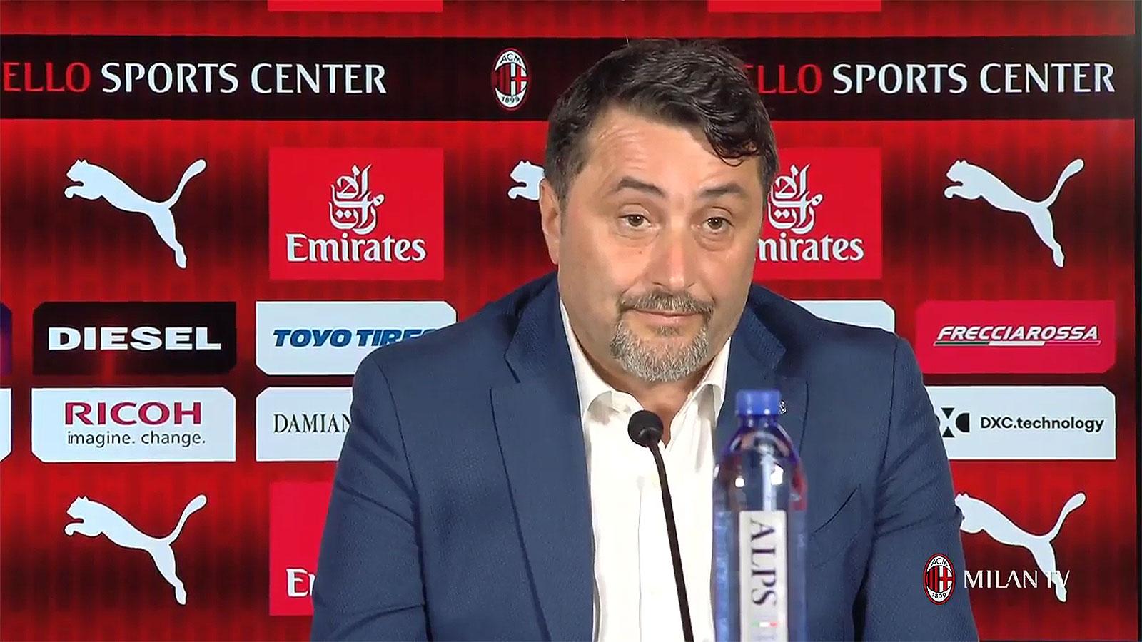 Massimiliano Mirabelli during a press conference at Casa Milan on July 9, 2018. (@acmilan.com)