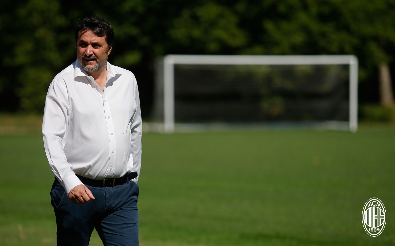 Massimiliano Mirabelli during training at Milanello. (@acmilan.com)