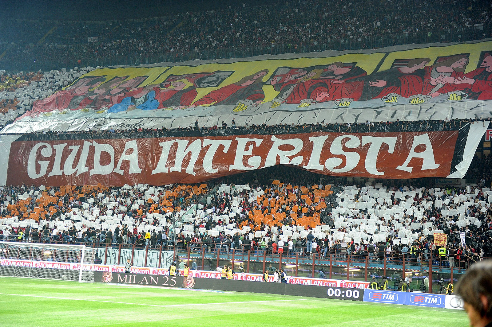 The anti-Leonardo banner of the Curva Sud during Milan-Inter at Stadio San Siro on April 2, 2011. (Photo by Dino Panato/Getty Images)