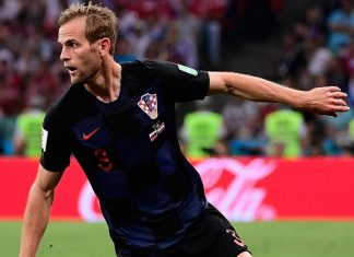 Ivan Strinić during the Russia-Croatia 2018 World Cup quarter-final at the Fisht Olympic Stadium on July 7, 2018. (PIERRE-PHILIPPE MARCOU/AFP/Getty Images)