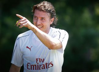 Riccardo Montolivo during training at Milanello. (@acmilan.com)