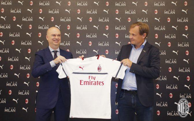 The 2018/19 PUMA away kit