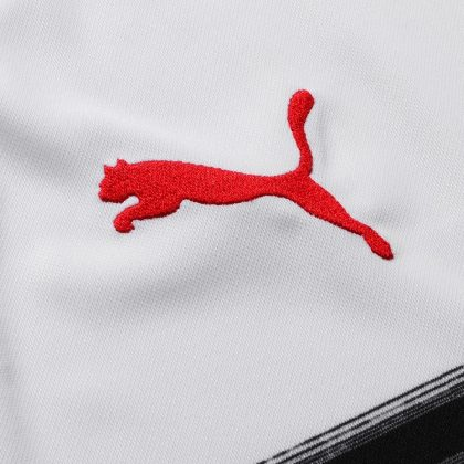 The 2018/19 PUMA away kit