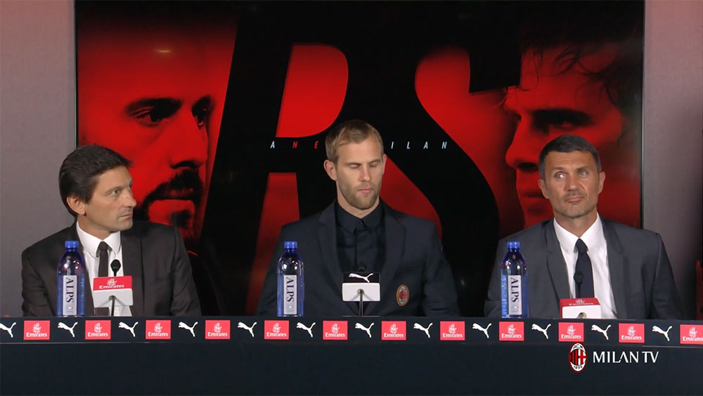 Leonardo, Ivan Strinić and Paolo Maldini during the presentation at Milanello of Milan's new #23 on August 10, 2018. (@acmilan.com)