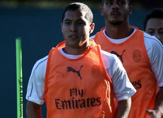 Jose Mauri during training in the USA. (@acmilan.com)