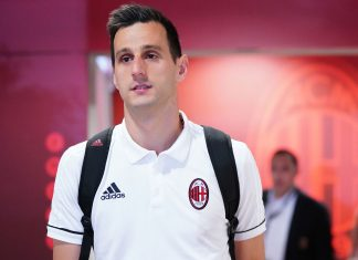 Nikola Kalinic on May 20, 2018. (@acmilan.com)