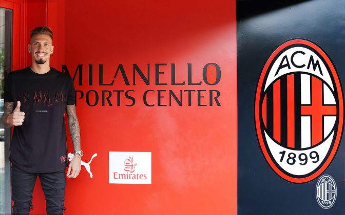 Samu Castillejo at training center Milanello on August 17, 2018. (@acmilan.com)