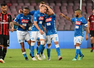Piotr Zielinski celebrating with Allan, Mario Ruim Arkadiusz Milik and Lorenzo Insigne celebrating during Napoli-Milan at Stadio San Paolo on August 25, 2018. (ALBERTO PIZZOLI/AFP/Getty Images)