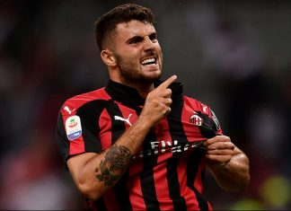 Patrick Cutrone celebrating during Milan-Roma at Stadio San Siro on August 31, 2018. (MARCO BERTORELLO/AFP/Getty Images)